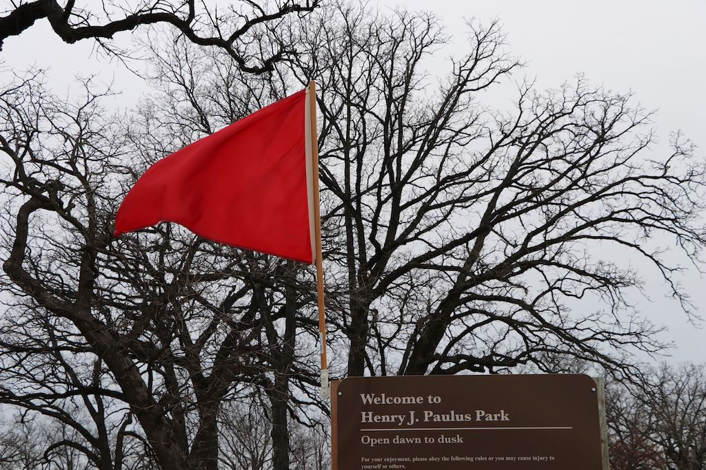 Red Flag - Lake Ice Closed